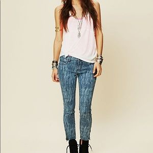 Free People Feather Printed Cropped Skinny Jean